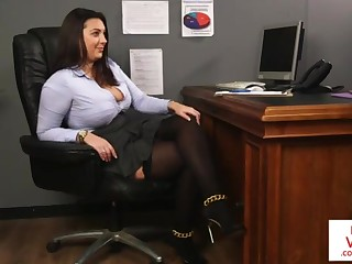 Office high-priced teaches slave bonking partner nigh masturbate