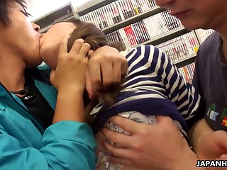 Duo dudes fuck mouth and pussy of Yukina Aizawa at hammer away bookstore
