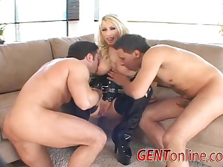 Candy Manson double penetrated and cum covered apropos heels and leather