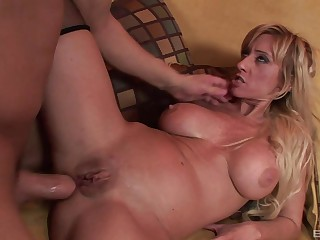 Tight asshole of beauteous MILF Regan Anthony fucked with the addition of creampied