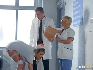 sweltering nurse Marica Chanelle adores fuck and a blowjob in the hospital