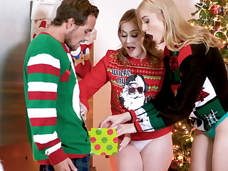Hot stepsisters fuck stepbrother be incumbent on Christmas