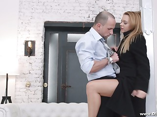Yummy Russian babe Emily Thorne gives a blowjob and gets her anus gaped for ripping