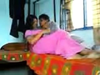 Desi Indian Sexy amp Horny Says The brush Pussy is Wet