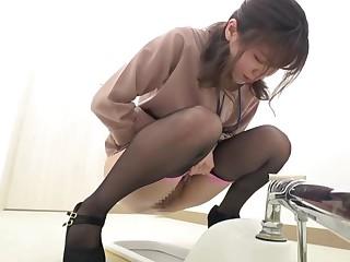 Japanese pee fart