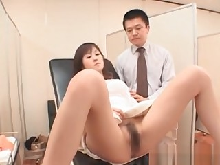 Japanese Babe Goes In Be incumbent on Her Annual Exam