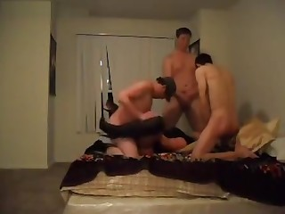 Group sex in bed with a unmarried trannyGroup sex in bed with a unmarried tranny