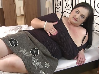 BBW impenetrable milf knows how to divert her friend's sexual needs