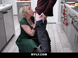 Bootylicious, platinum-blonde milf everywhere humungous milk cans is having casual fuck-a-thon in the kitchen, after making lunch
