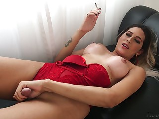 Be in charge unique ladyboy Victoria Carvalho desires to wank her own cock a bit