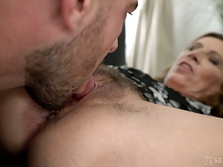Young gigolo licks and fucks prudish ugly cunt of nasty elderly woman Viol