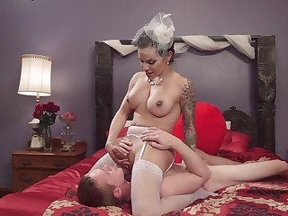 Shemale bride enjoys one last fuck before procurement married