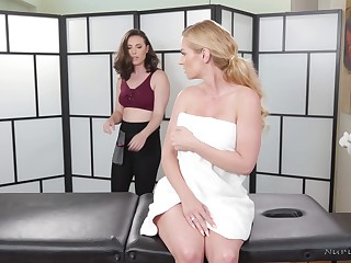A sexy MILF gets the efficacious treatment including a happy attaining massage