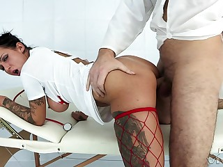 Nurse plays slutty with non-standard patient until he cums on her tits