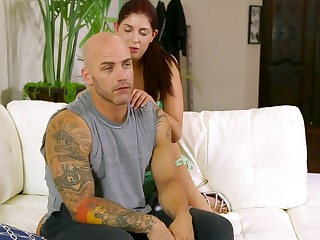 Distracting Daddy - Derrick Pierce Miranda Miller - spoil