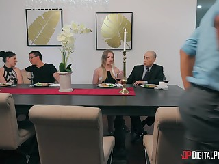 Hornt housewife Casey Calvert wants to be fucked by a black dick