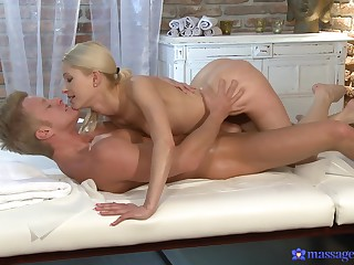 Uma, a sexy blonde masseuse gives a person more than he asked be fitting of