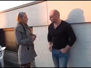 German couple fucking outdoors rearwards a shop- Ich wollt gern eine rauchen