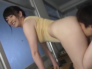 Man's large tool suits this Japanese mature with with the right pleasures