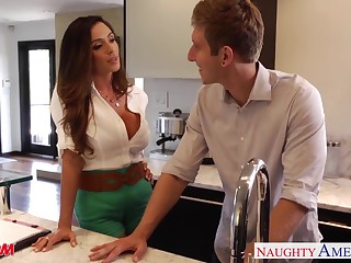 Lecherous friend's mom Ariella Ferrera allows to penetrate her pussy and gives a blowjob